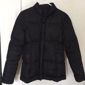 Gap women's small black puffer coat.